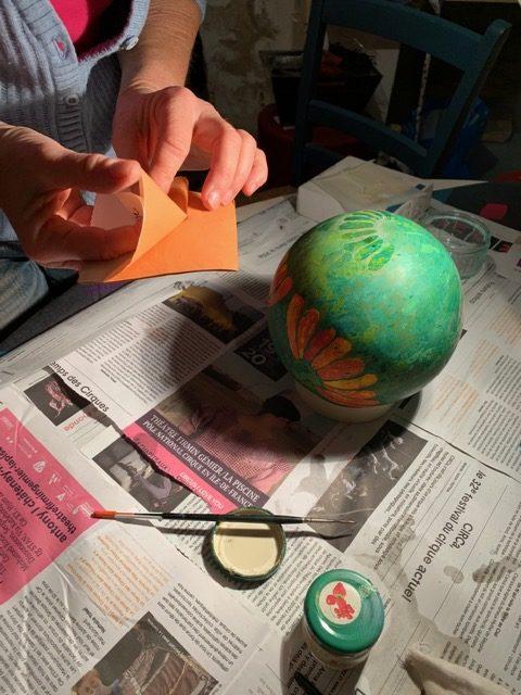 Préparation du carnet de feuilles d'Or pour la laque